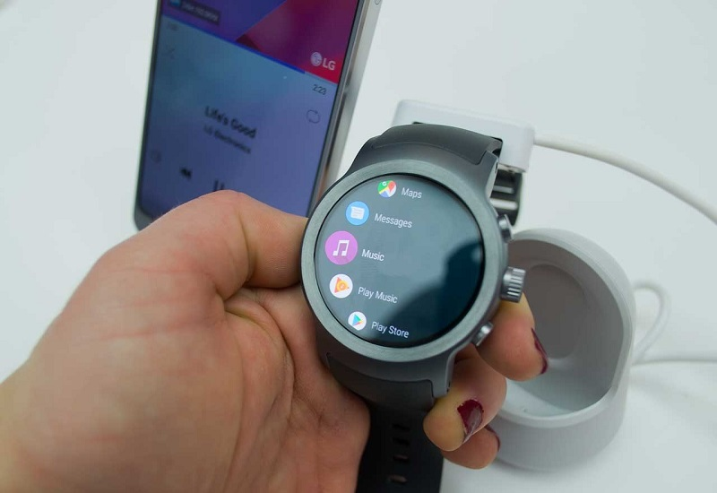 LG Watch Sport and Style, first impressions with one you forget you carry it, with the other you remember your superiority