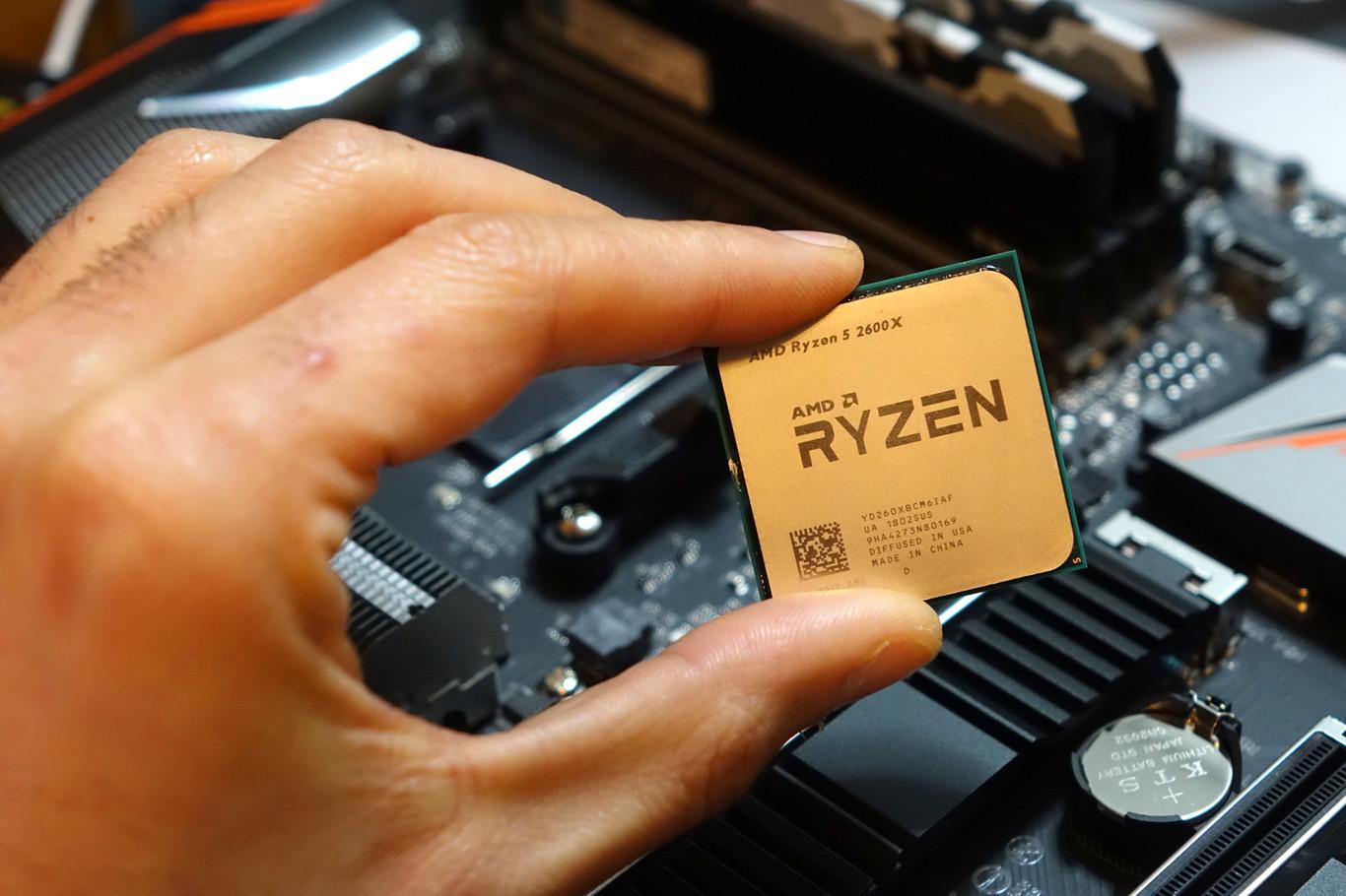 AMD Ryzen 7 2700X and Ryzen 5 2600X