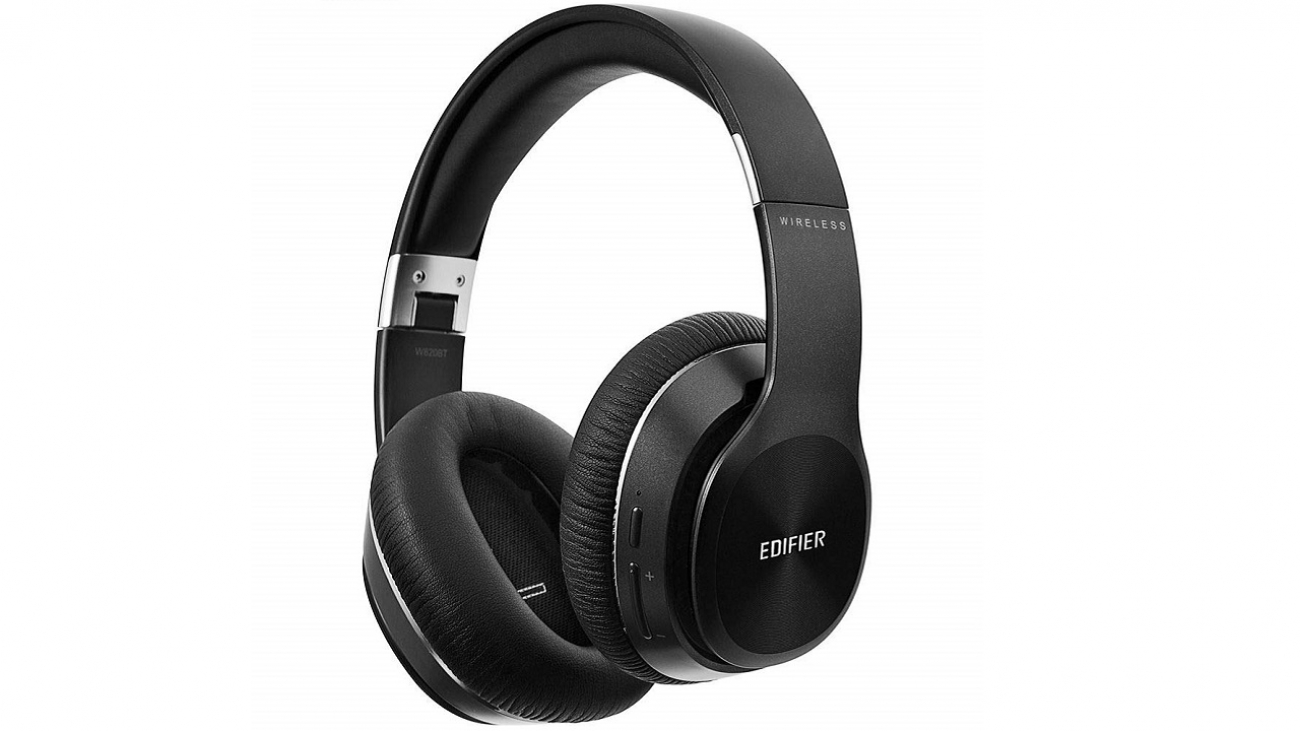Edifier W820BT Bluetooth headphones that go with you everywhere